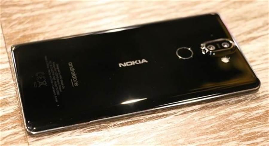 Nokia 8 Sirocco。(圖/黃慧雯攝)