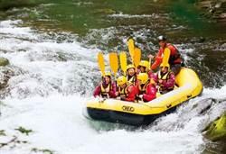 《商業周刊》避暑北海道 山中健行急流泛舟