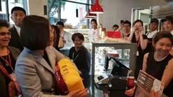 綠營疑政治操作 李富城:再也沒有服務業願讓小英上門