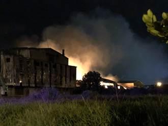 桃園銅雕製造廠火警 波及周邊廠房