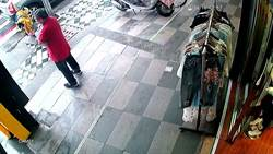 趁雨打劫! 花蓮市大雨紅衣重機男趁雨大搶劫銀樓