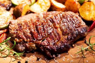 肉吃太多恐缺鈣!這7種壞習慣害你骨本流光光