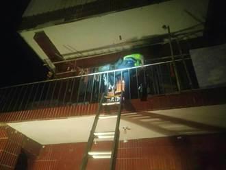 婦昏倒二樓陽台 大溪警架長梯急救人