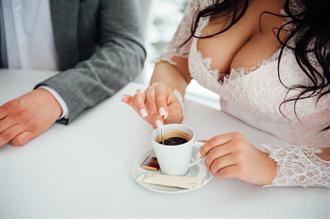 咖啡攝取量與胸部大小有關!一天3杯乳房恐縮水