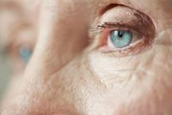 不必侵入性檢查 最新研究:眼睛可能透露阿茲海默症狀