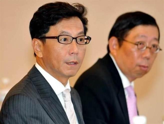 蔡明忠(左)、蔡明興(右)分別辭任富邦金、台灣大副董職務。(本報系資料照片)