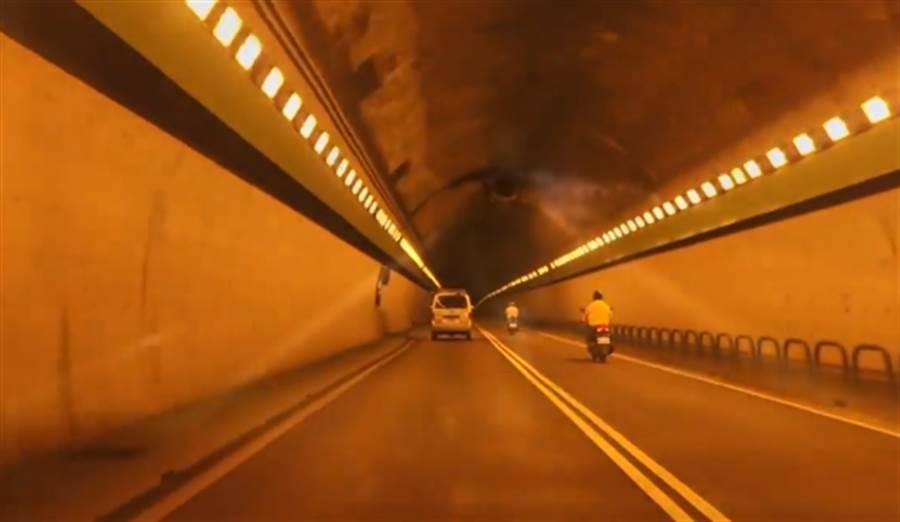 辛亥隧道堪稱全台最有名的靈異隧道