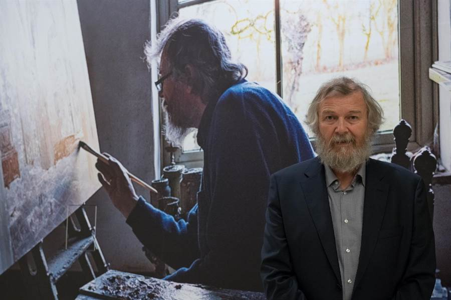 來自荷蘭的「當代寫實巨擘」哈勒曼特,擅長描繪「靜物」,作品散發靜謐之感,讓人心獲得安撫。(奇美博物館提供)