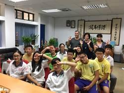 龜山國中3校聯合 到新加坡進行交流