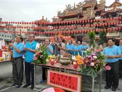 紫雲巖中元普渡1200桌 冰雕、果雕有看頭