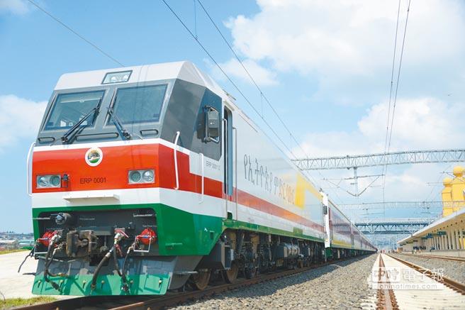 大陸企業在非洲建造的第一條現代電氣化鐵路——衣索比亞首都阿迪斯阿貝巴至吉布地首都吉布地之間的亞吉鐵路。(新華社)