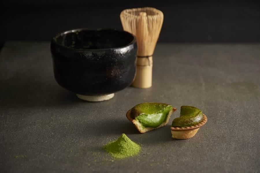 微苦風味「京都抹茶起司塔」是款大人系甜點,售價85元/個。