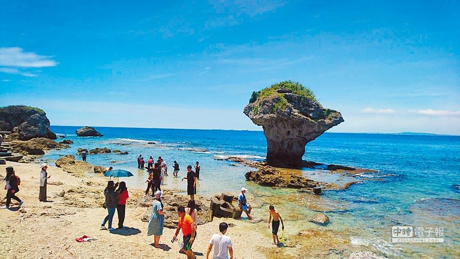 小琉球成生態旅遊夯點,但今年7月遊客只有7萬3000人。(本報資料照片)