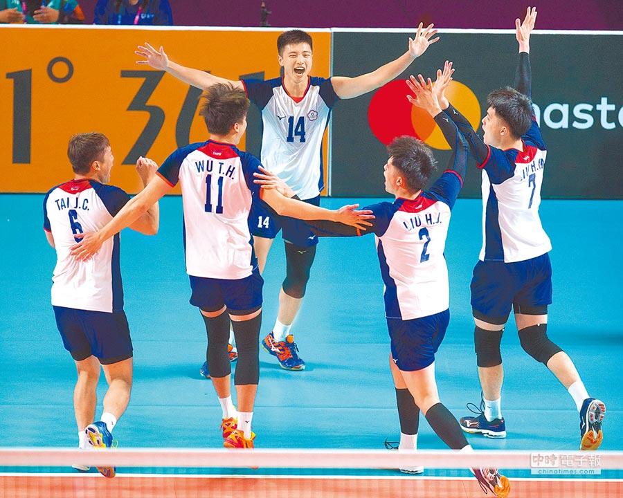 中華男排在亞運連克強敵,勇奪銅牌。(杜宜諳攝)