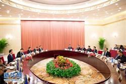 日本公明黨黨首與大陸政協主席會談 轉交安倍親筆信
