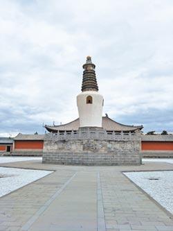 山西大同法華寺 藏10公尺血經塔