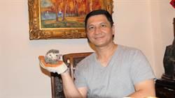 騙藝術家簽「賣身契」 全球華人藝術網負責人收押禁見