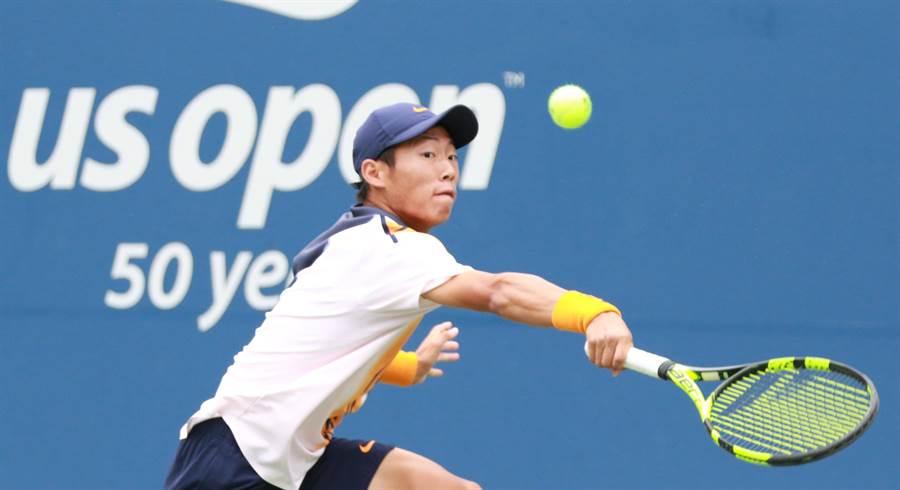 曾俊欣在美網青少年組男單準決賽飲恨,無緣挑戰個人今年第三座大滿貫冠軍。(四維體育推廣教育基金會提供)