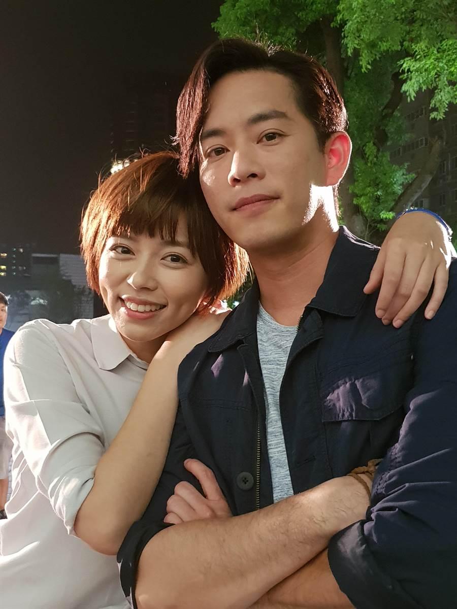 王瞳與Junior合作《大時代》。(民視)