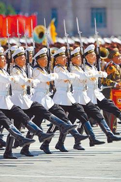 北韓國慶 習致賀電 導彈未亮相