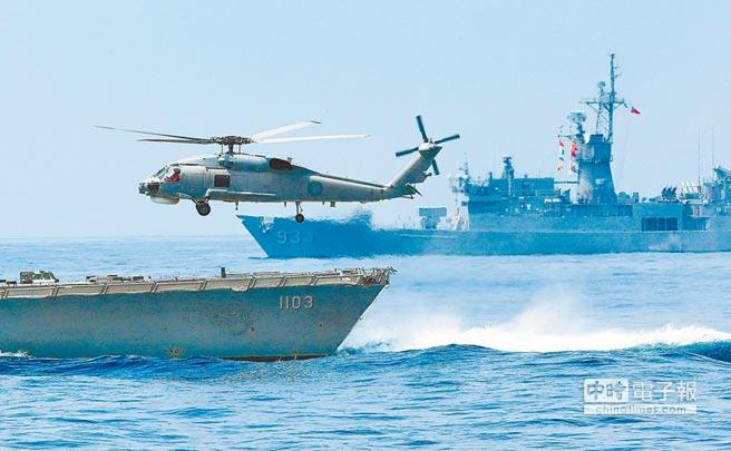 美國打台灣牌,強化美台軍事交流。圖為4月13日蘇澳海軍基地操演。(本報系資料照片)