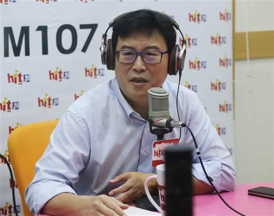 民進黨台北市長參選人姚文智今日接受「蔻蔻早餐」訪問。(方濬哲攝)