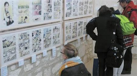 2014安古蘭國際漫畫節的韓國《不枯萎的花》特展,講述慰安婦阿嬤的故事。(圖/安古蘭國際漫畫節)