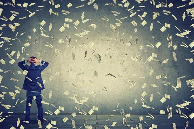 有研究指出,一個人是否有錢,關鍵在於個性。(圖/達志影像)