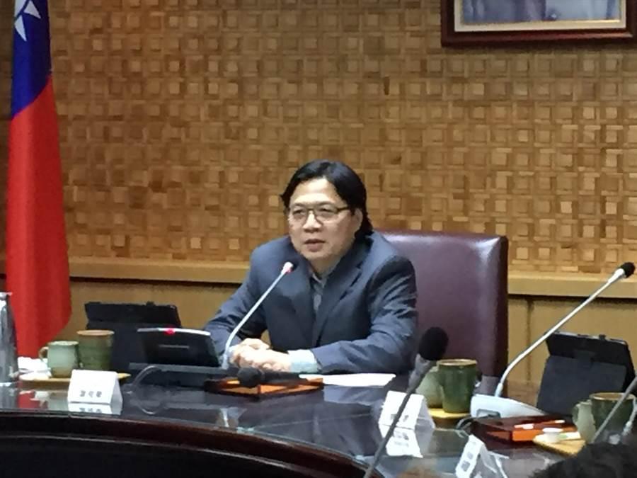 教育部長葉俊榮表示相當敬佩前清大校長沈君山。(林志成攝)