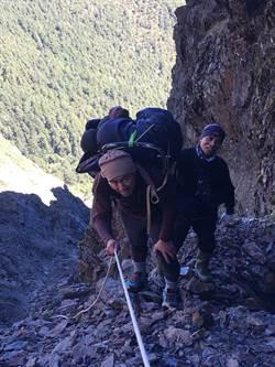 挑戰「十峻之首」墜谷 男攀玉山東峰墜400公尺喪命