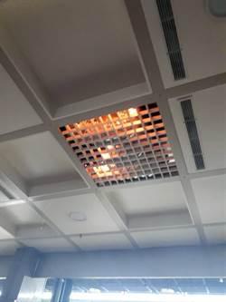 金門水頭通關中心驚傳起火 疑因電線短路網罩竄烈火