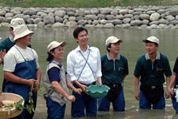 高雄》陳其邁首支競選影片發表 林欽榮讚最有魄力市長