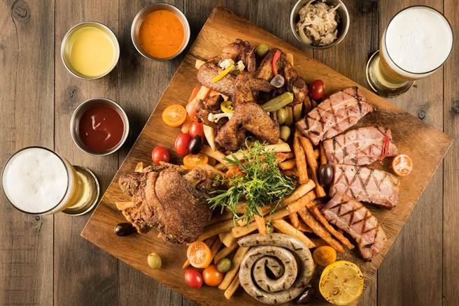 嗜肉主義者最愛「一起吃吧!無肉不歡大拼盤」,售價980元+10%。(圖片提供/台北西門町意舍酒店)