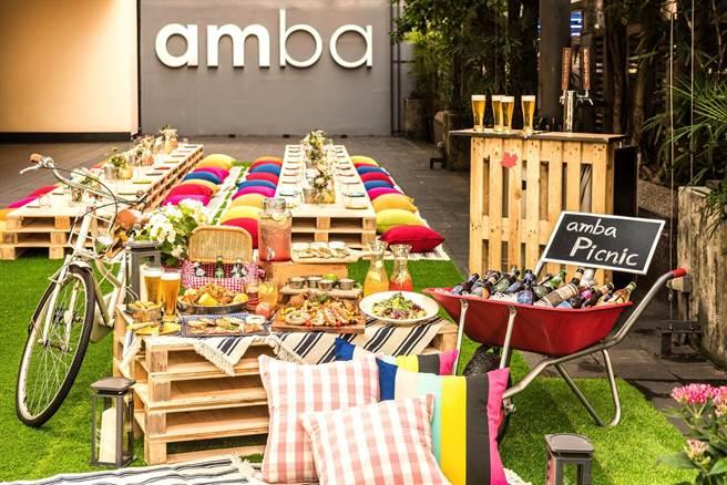 「amba好秋。野餐派對」10月開始每週五、六晚間,享受恣意夜晚時光。(圖片提供/台北西門町意舍酒店)