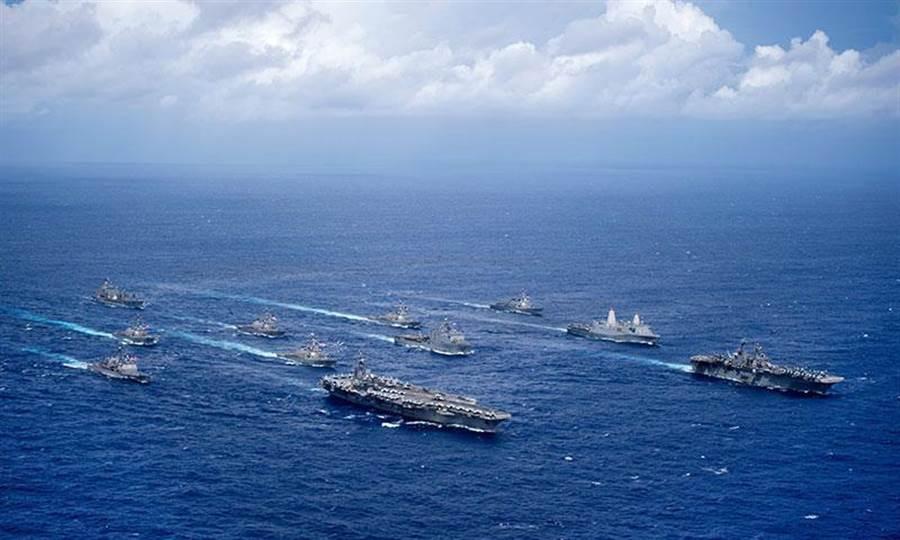 美軍 2016年舉行「勇敢之盾」演習。(美國海軍檔案照)