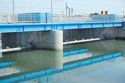 大義崙制水閘啟用 立委爭治水經費