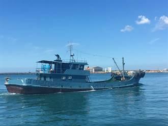大陸船隻越界接駁賣油撈百萬  淡水海巡隊押返偵辦