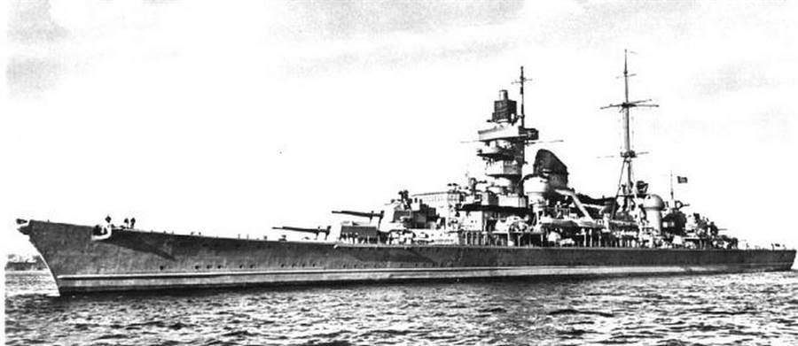 歐根親王號巡洋艦外型雄壯威武,線條也優美,是二戰最好看的軍艦之一。(圖/網路)