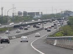 中秋連假車潮現 中市警方實施交通疏導措施