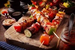 優雅的飯店中秋BBQ趴! 精緻串燒、吸睛夢幻甜點吃到飽