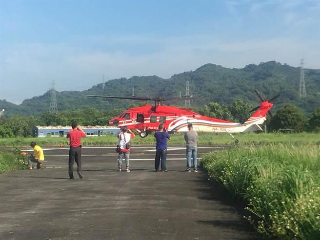 為了救援獲救又落跑的葉姓山友,空勤直升機無端多跑了好幾趟。(沈揮勝翻攝)
