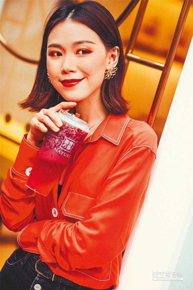 「奈雪的茶」飲料店受白領女性喜愛。(取自微博@奈雪的茶Nayuki)