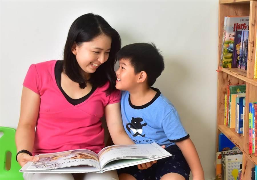 KUMON幫助孩子建立起「只要肯做就一定辦得到」的自我認同感。(圖/KUMON提供)