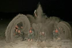 海軍陸戰隊兩棲偵搜專長班 「沙漠風暴」震撼訓練登場