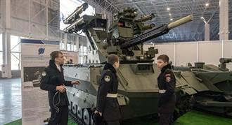 俄研發戰鬥機器人空降系統 科幻電影情節成真