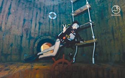 台中最夯體驗 亞洲首座潛水旅館 潛立方