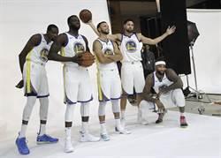 NBA》五星戰隊來了!柯瑞:盼考辛斯保持風格