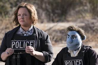 瑪莉莎麥卡錫挑戰無恥度警探 公開布偶約炮、吸毒私生活