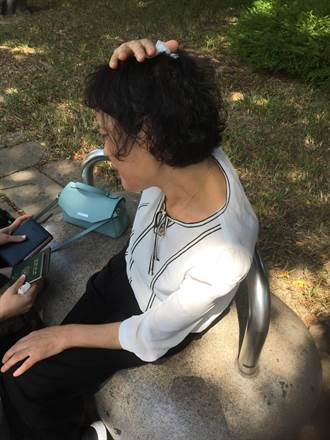 掃到潭美颱風尾 韓籍婦人遊台被百年斷樹壓傷