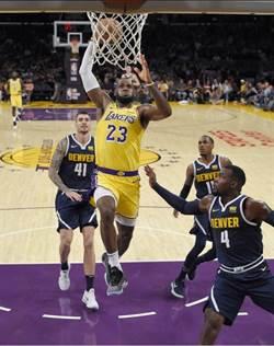NBA》詹皇主場爆扣立威 湖人不敵金塊吞2連敗